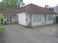 5 bedroom Detached Bungalow in Heathwood Road, Heath...
