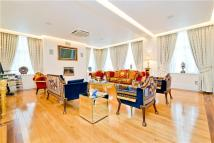 4 bedroom Flat in North Audley Street...