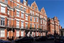3 bed Flat to rent in Green Street, London, W1K
