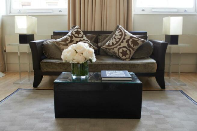 Deluxe_Living_Room