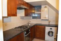 4 bedroom Flat in High Street, New Malden...