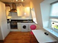 Studio apartment to rent in High Road, East Finchley...