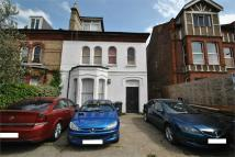 Apartment to rent in Ballards Lane, Finchley...