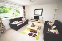 2 bed Apartment in Woodside Court, Cardiff