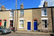 Terraced house to rent in Perowne Street, Cambridge