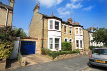 End of Terrace home to rent in Montague Road, Cambridge
