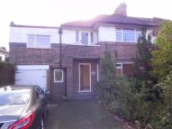4 bed semi detached home to rent in Robin Hood Lane...