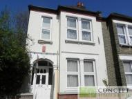 Southcroft Road Terraced house to rent