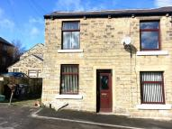 2 bed semi detached home in Albert Street, Hadfield...