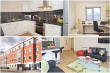 6 bedroom Apartment in Moss Lane East...