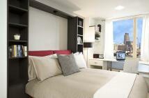 Flat to rent in Lebus Street, London, N17