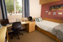 1 bedroom Flat to rent in Standard En-Suite...