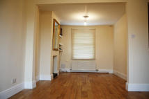 2 bed Terraced property in Cross Street, Swindon...