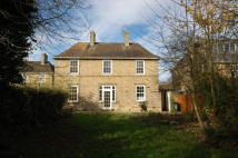 4 bed semi detached home to rent in Howes Place, Cambridge