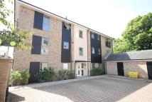 Apartment to rent in Alice Bell Close...
