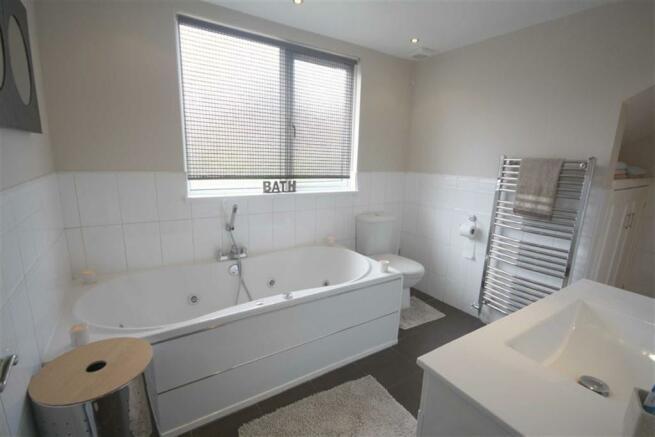 Bathroom / Shower /