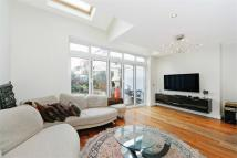 4 bed Terraced home to rent in Burntwood Lane, London...