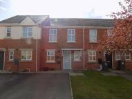 2 bedroom semi detached house to rent in Grangemoor Close...