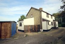 3 bed semi detached property for sale in Mile End Crossing...