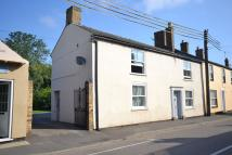 3 bedroom semi detached house to rent in Main Street...