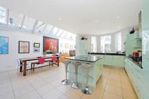 6 bedroom semi detached home for sale in Cloncurry Street...