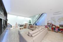 5 bedroom semi detached property in Doneraile Street, Fulham...