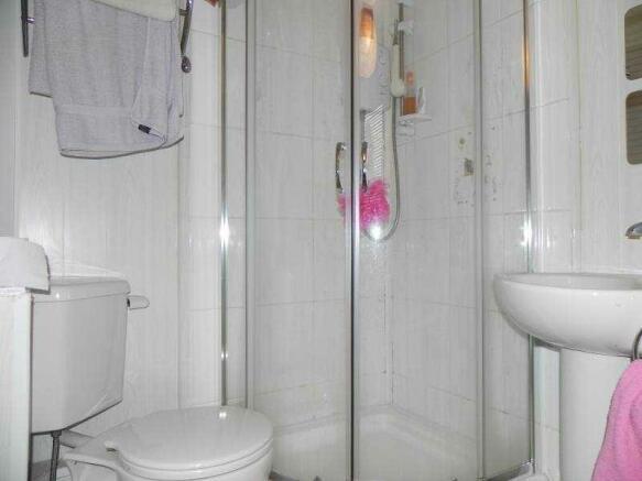 En-Suite_to_Bedroom_Two