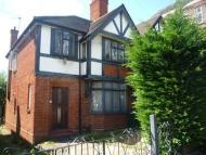 COLNEY HATCH LANE semi detached property to rent