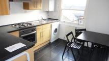 Studio flat to rent in Netherwood Road, London...