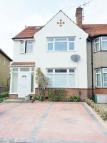 Studio apartment to rent in HORSENDEN LANE NORTH...