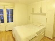 Studio flat in Glenloch Road, London...