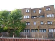 1 bed Ground Flat to rent in Tamar Way, London, N17