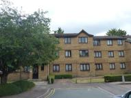 2 bedroom Ground Flat to rent in Sawyer Close, London, N9