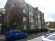 Ground Flat to rent in Rheola Close, High Road...