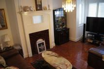 3 bed Terraced house in Rosebery Avenue, London...
