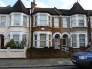 2 bedroom Flat in Harringay Road, London...