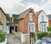 3 bed semi detached home to rent in Hampden Lane, London, N17
