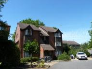 Studio apartment to rent in Godolphin Close, London...