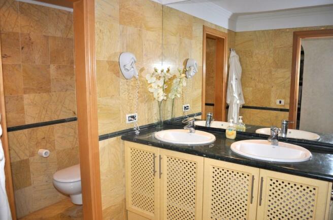 05. Bathroom