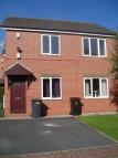 Flat to rent in Farnley View...