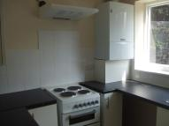 2 bed Flat to rent in Gledhow Wood Road...