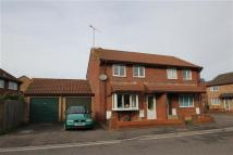 3 bedroom semi detached house to rent in KEBBY'S FARM CLOSE...