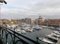 4 bedroom Apartment to rent in South Ferry Quay...