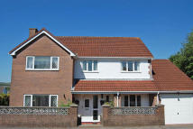 4 bed Detached property in Ty Llwyd Parc Estate...