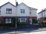 3 bedroom semi detached property to rent in Rose Avenue, Ashton