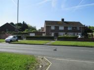 4 bed semi detached property to rent in Melwood Drive...