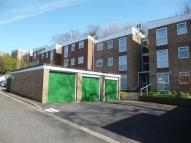 Flat to rent in Rockmount Close...