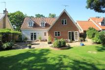 4 bed Detached home in Woodbridge Road...
