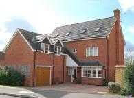 6 bedroom Detached property to rent in Haysoms Drive, Thatcham