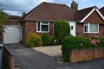 2 bedroom Bungalow in Paddock Road, Newbury